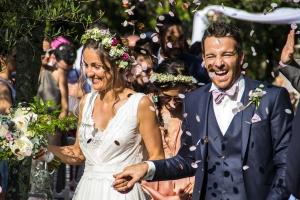 mariage sortie des mariée confétis cérémonie laïque